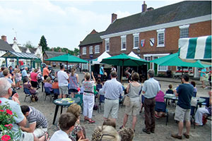 People in Market Bosworth Square