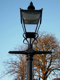 Traditional street lighting